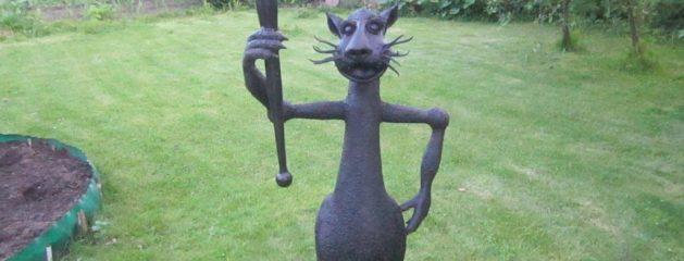 Kalviška skulptūra – katinas